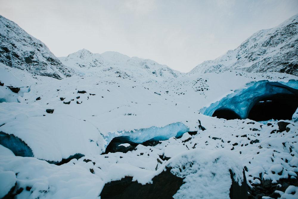CindyGiovagnoli_hiking_glacier_Anchorage_snow_winter_ByronGlacier_Alaska-049.jpg
