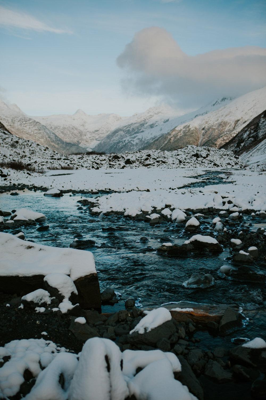 CindyGiovagnoli_hiking_glacier_Anchorage_snow_winter_ByronGlacier_Alaska-053.jpg