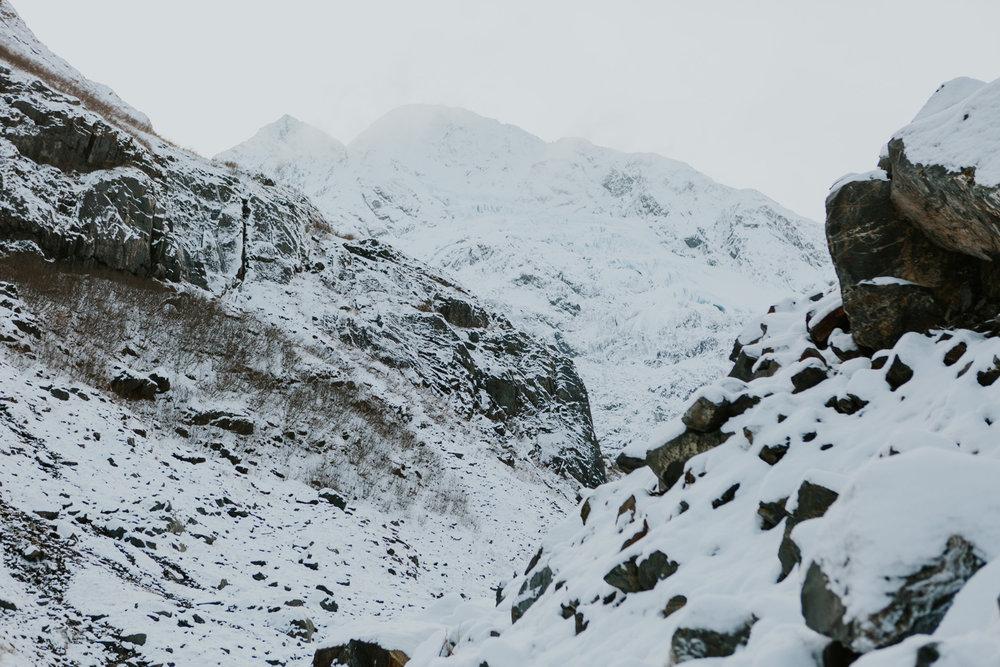CindyGiovagnoli_hiking_glacier_Anchorage_snow_winter_ByronGlacier_Alaska-057.jpg