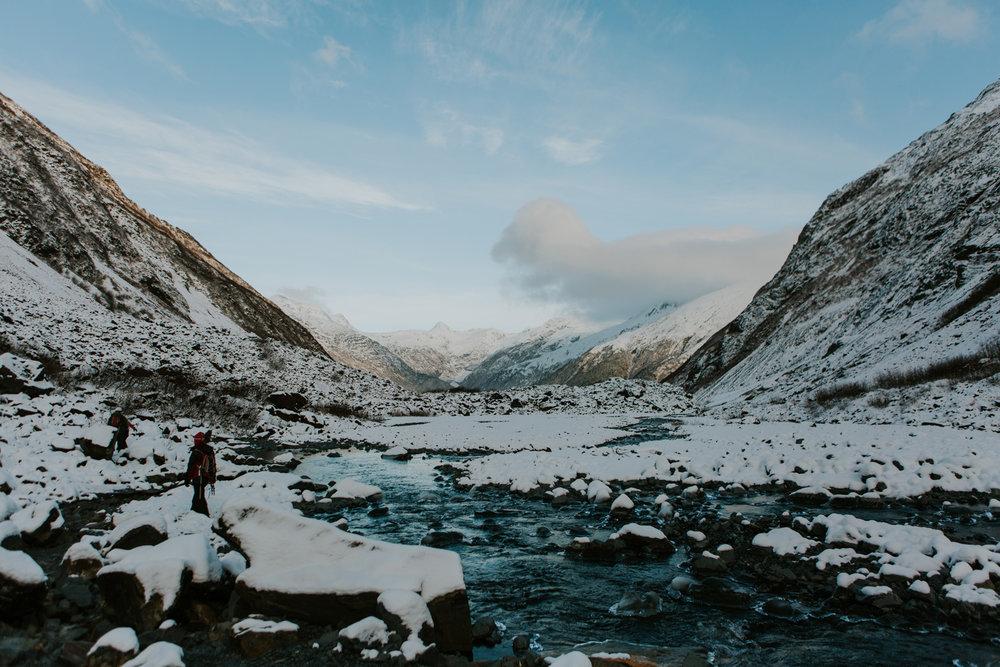 CindyGiovagnoli_hiking_glacier_Anchorage_snow_winter_ByronGlacier_Alaska-058.jpg