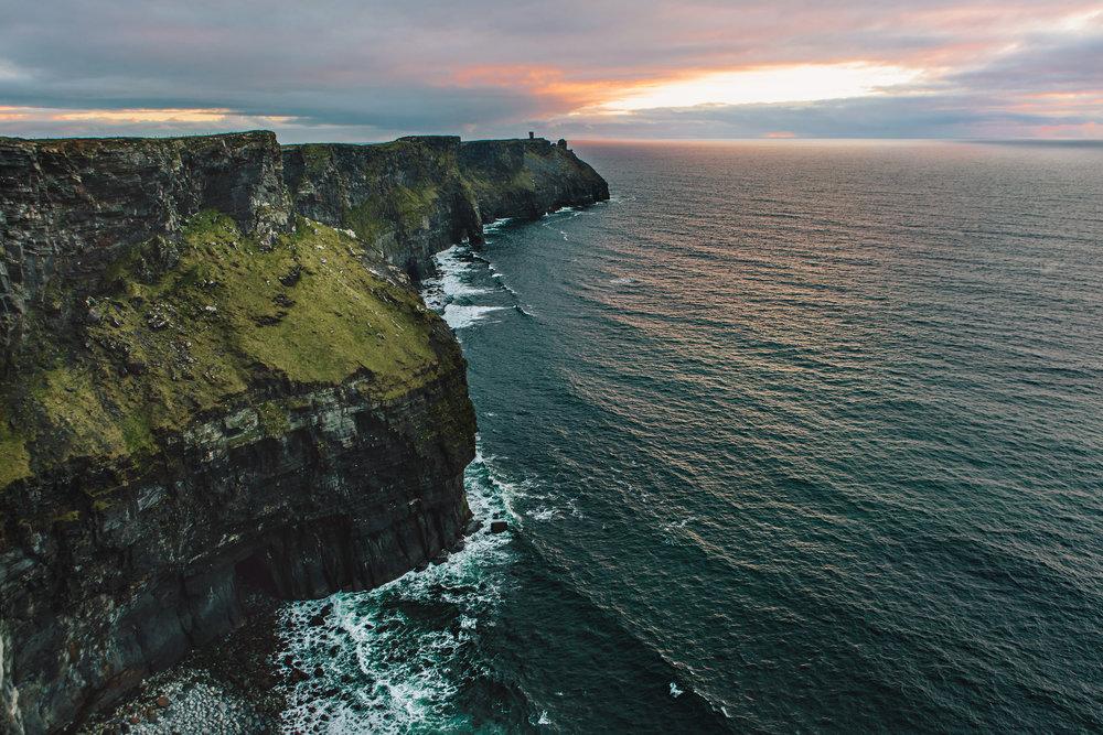 CindyGiovagnoli_Ireland_CliffsOfMoher_CountyClare-003.jpg