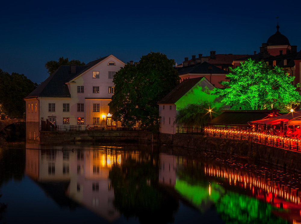 Uppsala by night.jpg