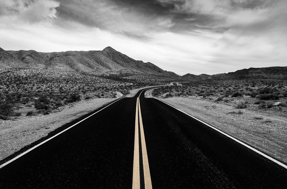 Desert road v2.jpg