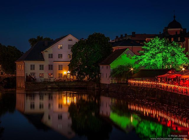 Warm summer nights in beautiful Uppsala!⠀ ⠀ #uppsala #myuppsala #pentax #niclasjonssonphotography #sweden #summer