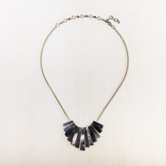 ethical-fashion-necklaces-203-031_3.jpg