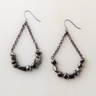 ethical-fashion-earrings-112-018m.jpg