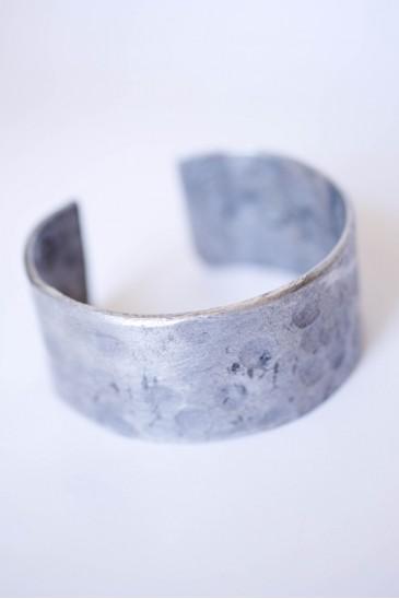 aluminum_cuff_bracelet_1-365x548.jpg