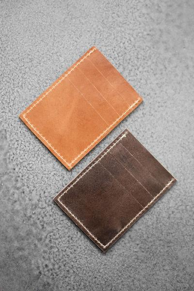 Slim_Leather_Wallets_-_concrete_grande.jpg