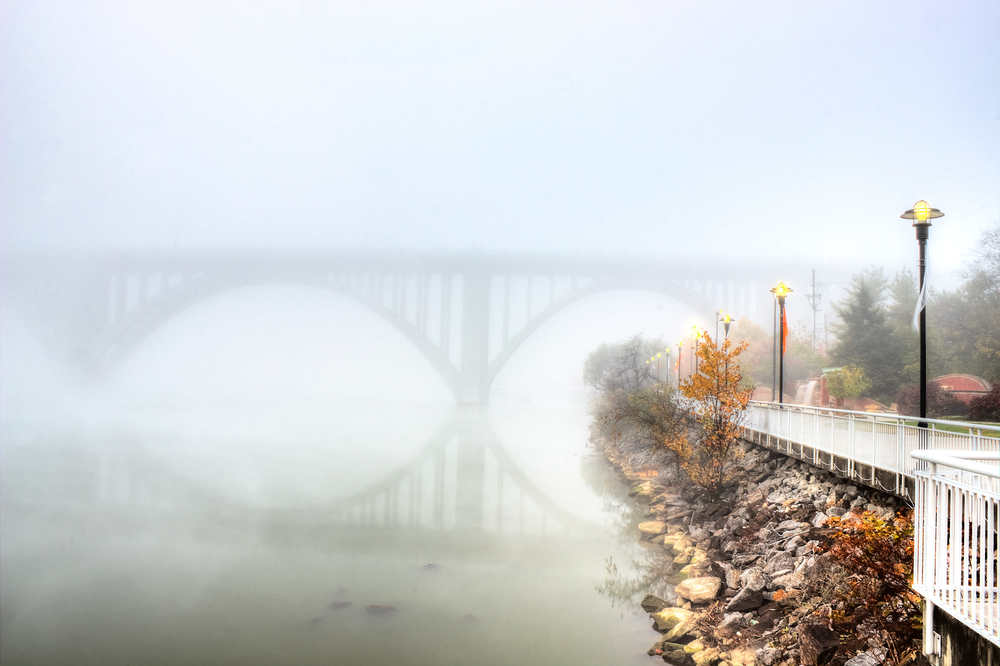 Foggy Henley Bridge.jpg