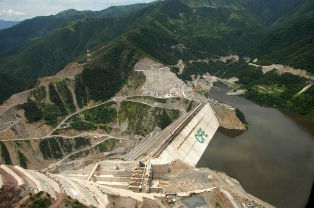 Planta hidroeléctrica La Yesca, Nayarit.