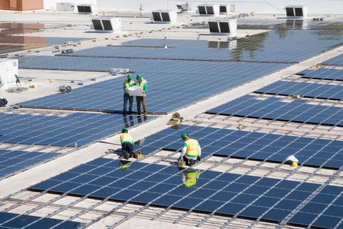 Invictus te ayuda a bajar recibo de luz y a entender como funcionan los paneles solares