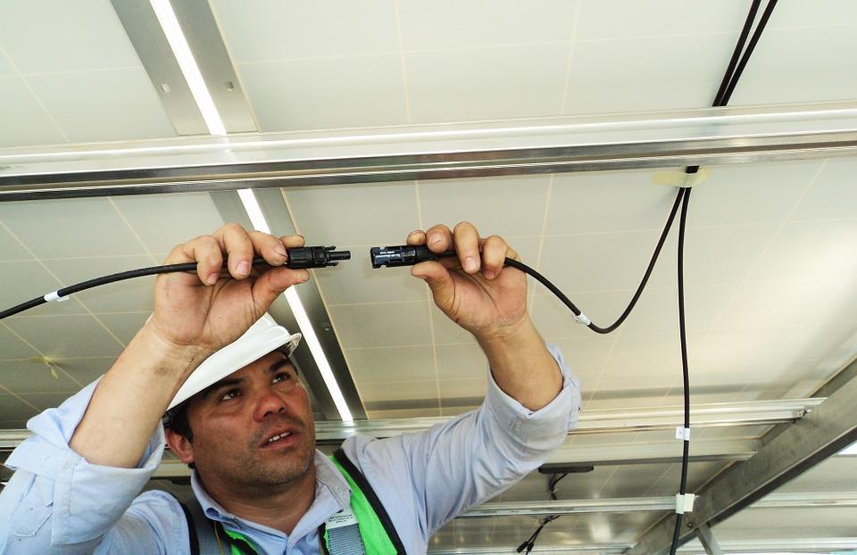 LOS PROVEEDORES - Porque es muy importante escoger un instalador calificado.