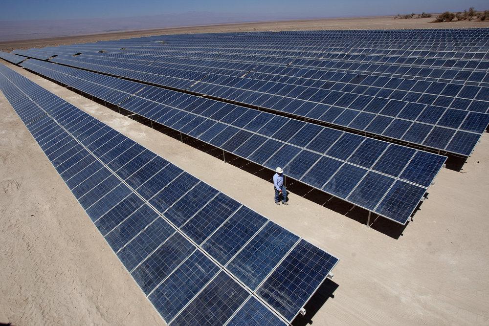 LOS BENEFICIOS - Cuatro principales razonespara cambiar a solar.