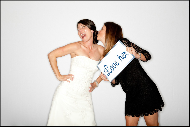 Clark&Brook_Redding_Photobooth.jpg