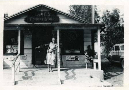 Hanks Country Store & Cornell Post Office