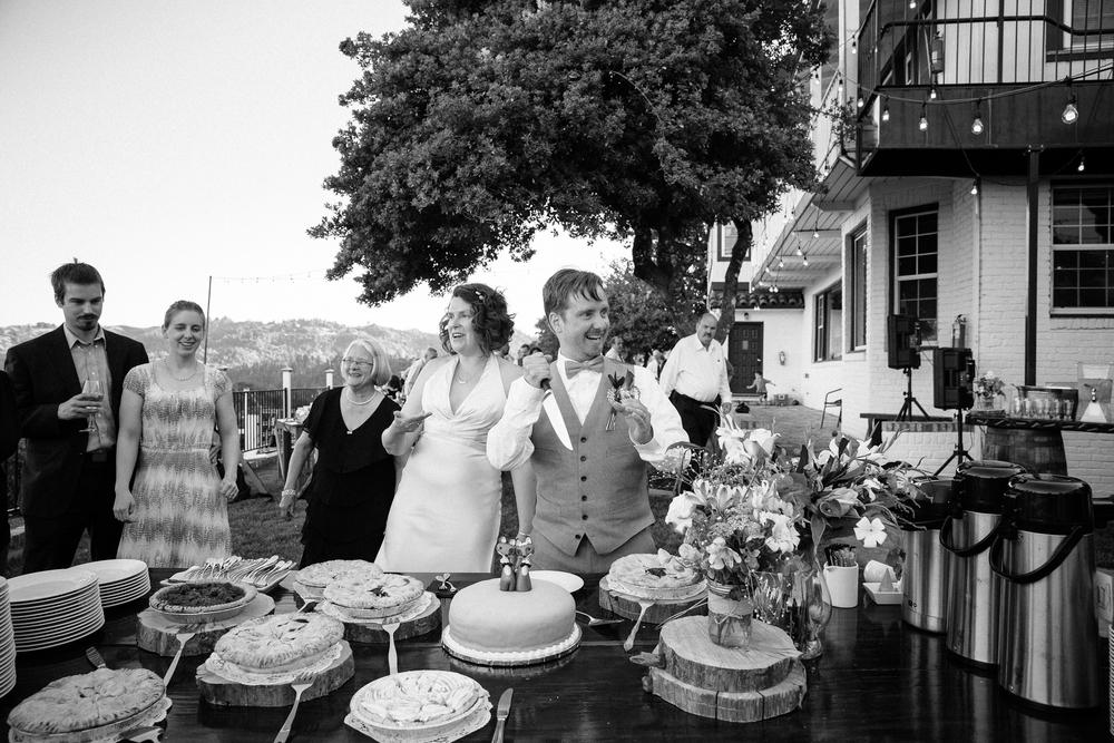 crystalchristiaan_weddingsneakpeek_2014_jenniferleahyphotography-32-of-43_14139956750_o.jpg