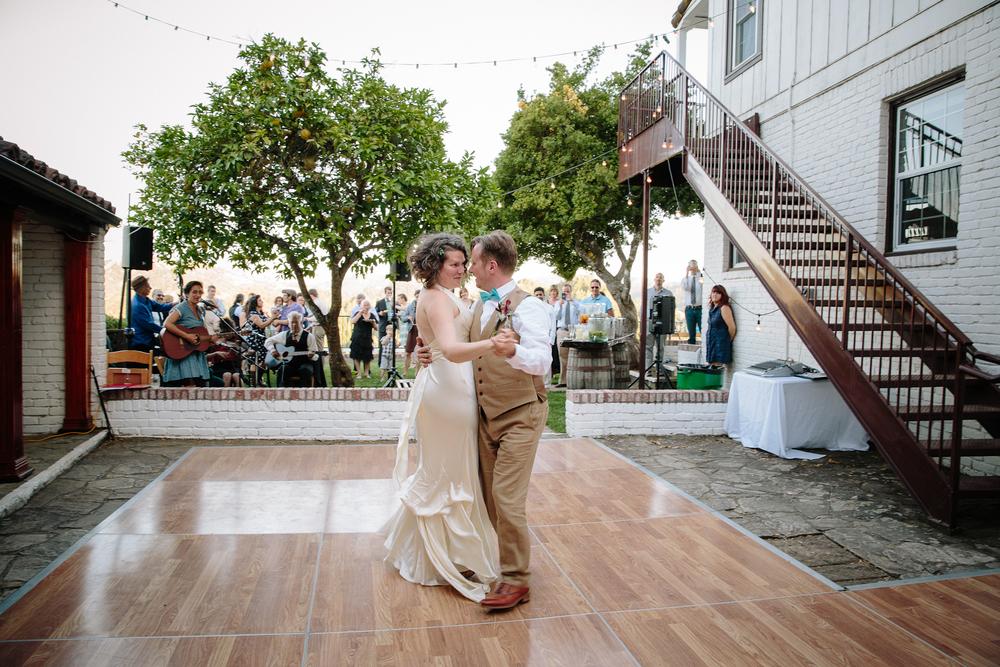 crystalchristiaan_weddingsneakpeek_2014_jenniferleahyphotography-33-of-43_14324808962_o.jpg