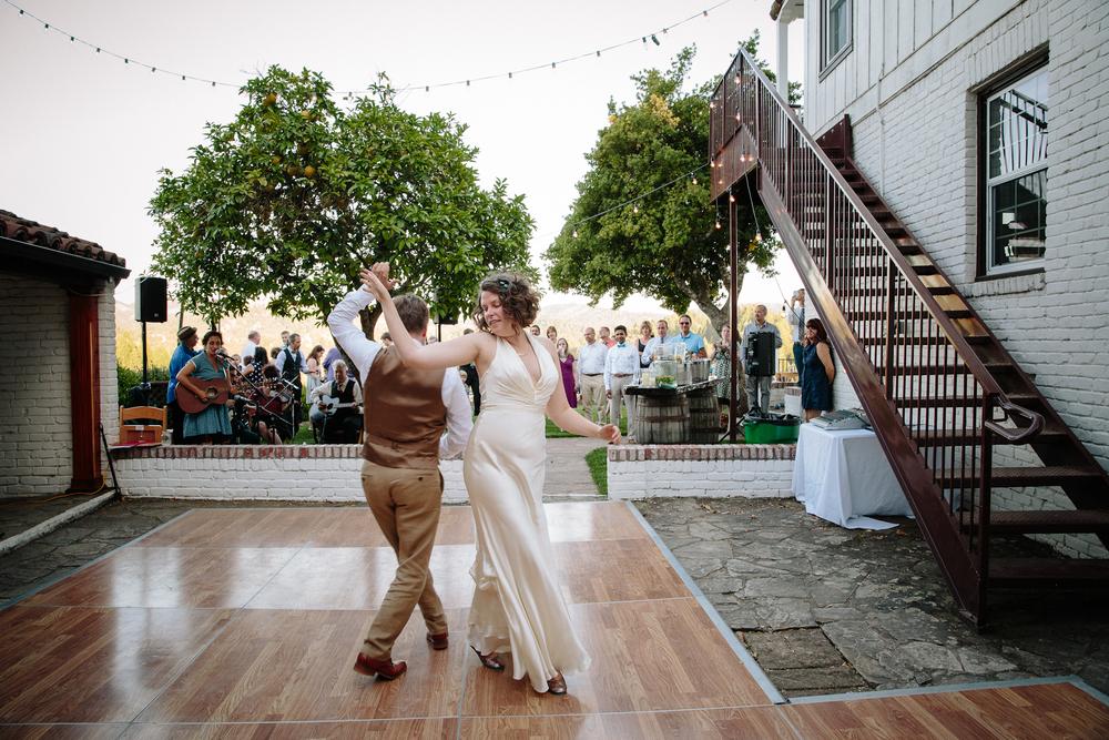 crystalchristiaan_weddingsneakpeek_2014_jenniferleahyphotography-34-of-43_14346758543_o.jpg