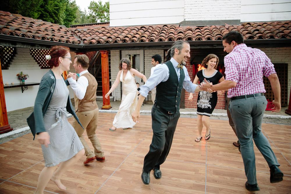 crystalchristiaan_weddingsneakpeek_2014_jenniferleahyphotography-36-of-43_14303425916_o.jpg