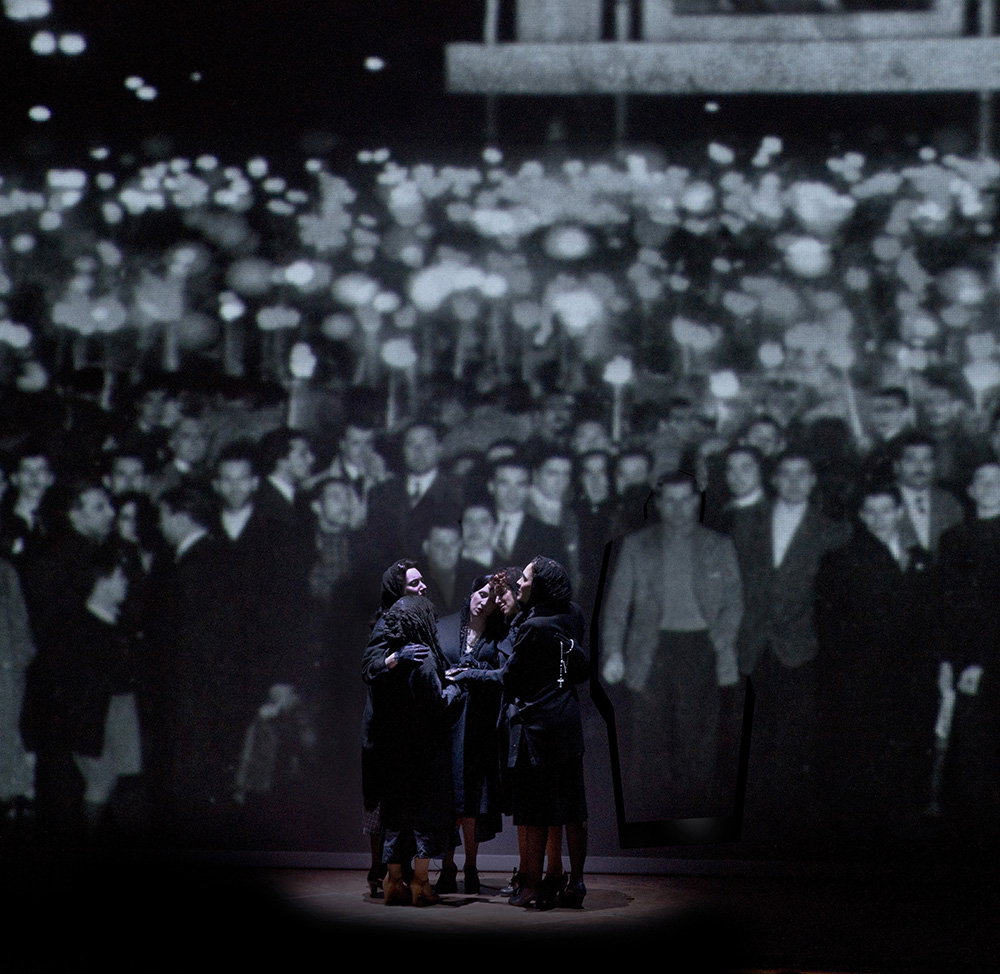 Evita 4 Mourners Broadway_web.jpg