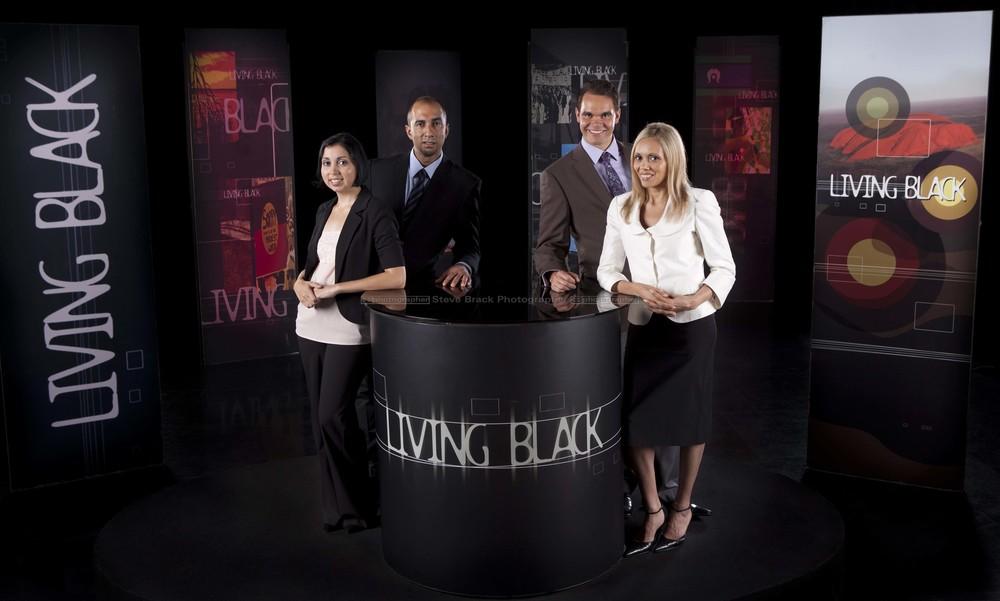 wSBSTV KG Living Black-1617 RT.jpg