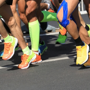 RunnersKneeSelfCareTrainingModificationUtahSportsChiropractor.jpg