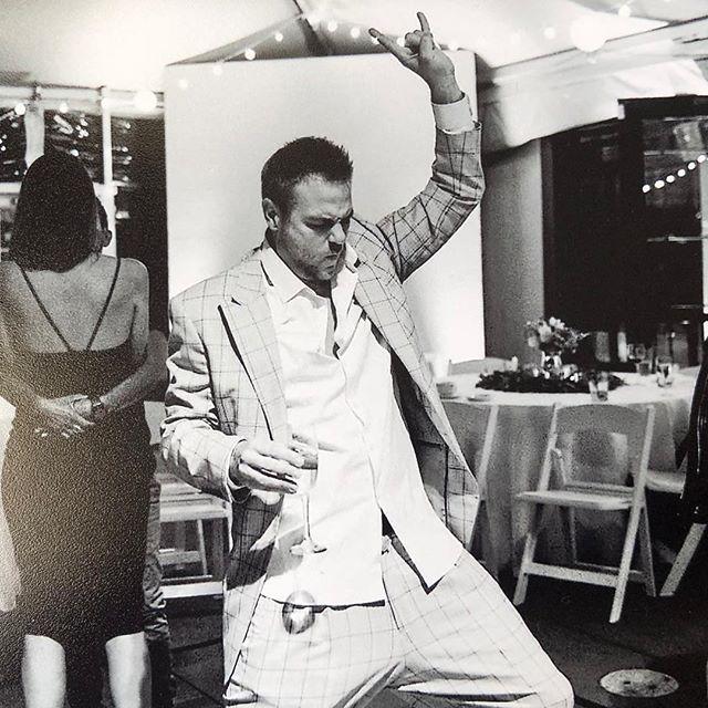 When your song comes on..... #iamklyce #mylife #whenyoursongcomeson #feelingit #weddings #dance #sf