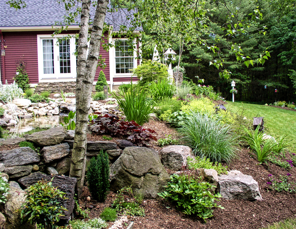 Landscaping services hillside landscaping co ct for Hillside landscaping