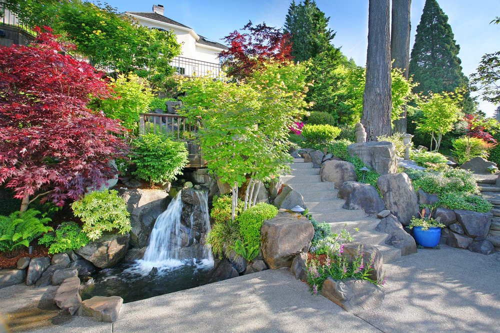 Landscape Design - Commercial & Residential Landscaping, Gardens & Plant Installation, Outdoor Living Areas, Landscaping Maintenance, Mulching and Specialty Gardens.