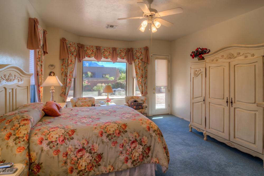 10 Master Bedroom photo c.jpg