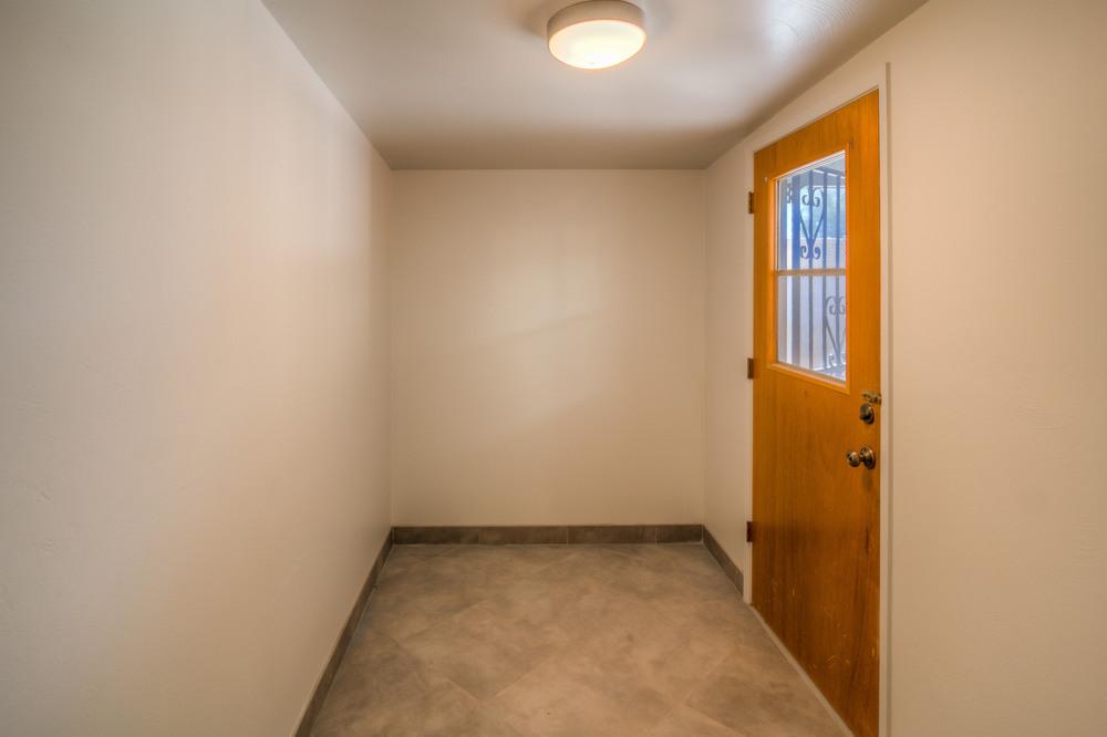 14 Storage Room .jpg