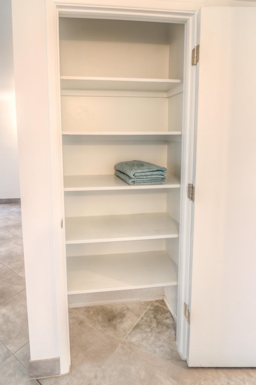 25 Linen Closet.jpg