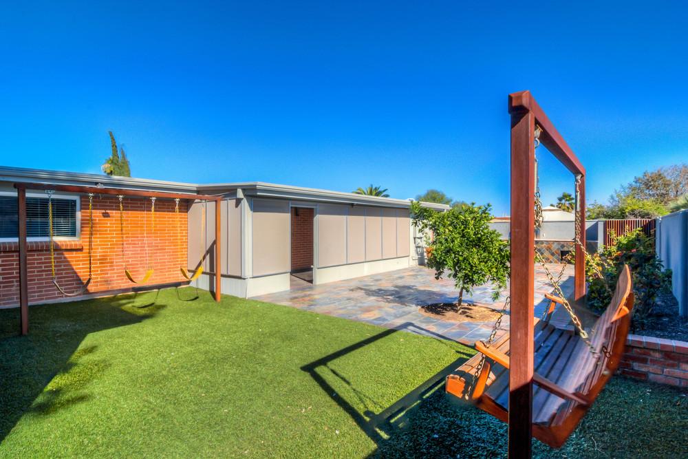 44 Backyard photo c.jpg