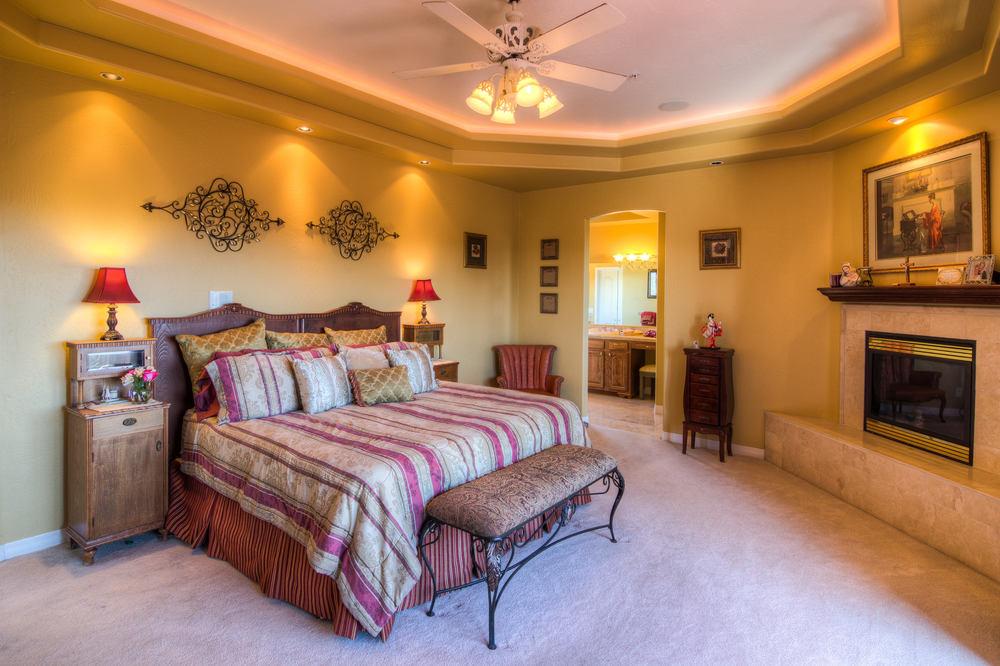 28 master bedroom 1 b-2.jpg