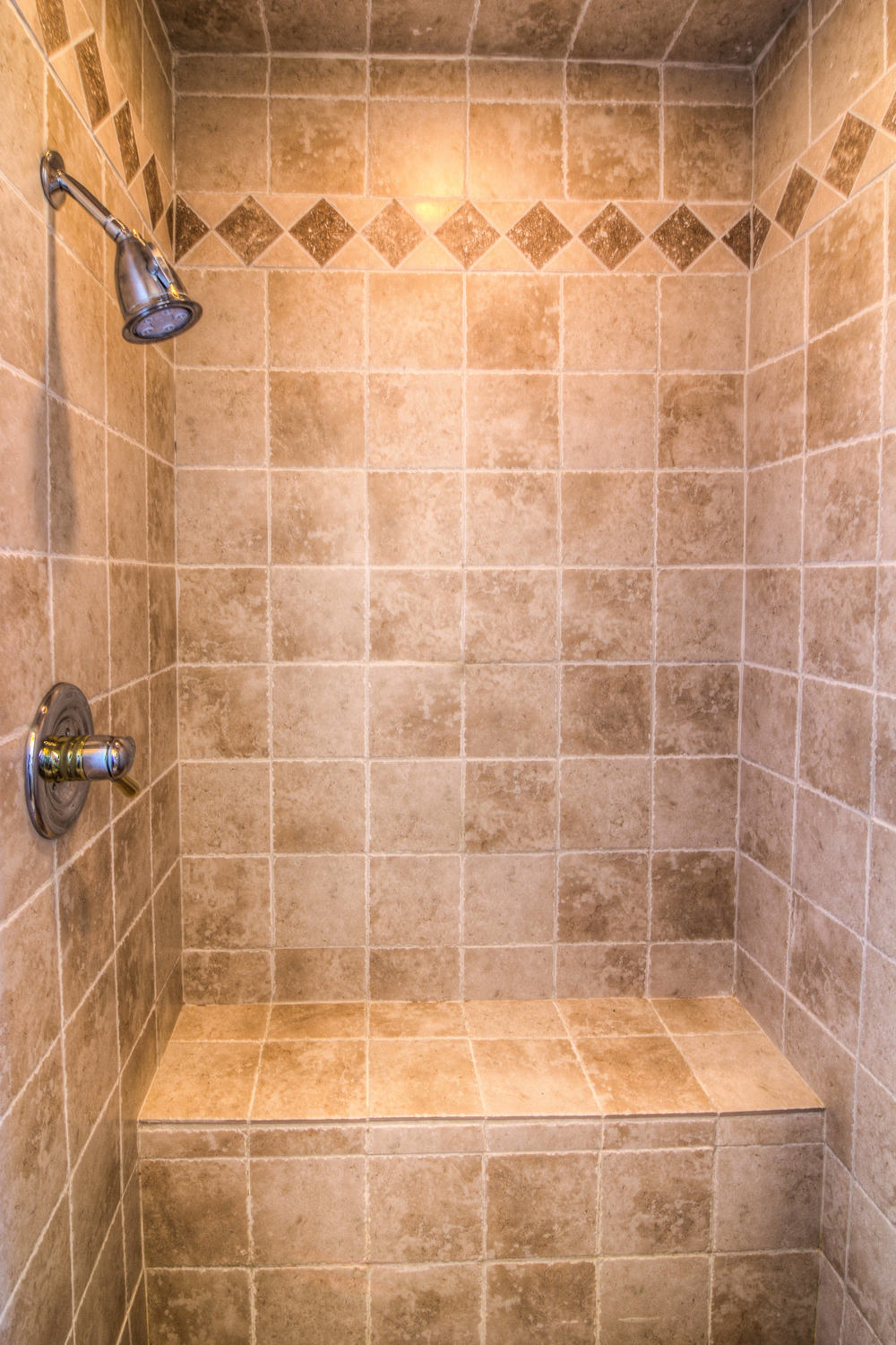 30 master bath 1 steam-2.jpg