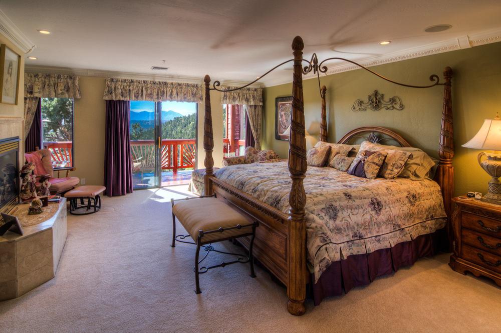 49 master bedroom 2 b-2.jpg
