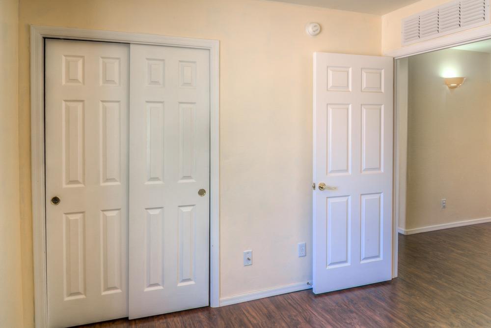 27 Bedroom 2 photo c.jpg