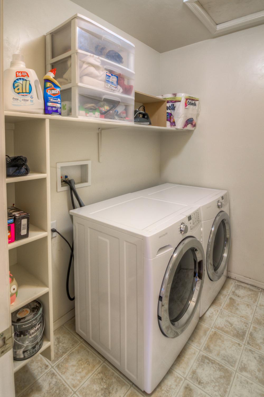 28 Laundry Room photo a.jpg