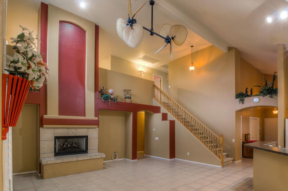 13 Living Room photo d.jpg