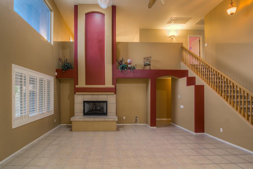 14 Living Room photo e.jpg