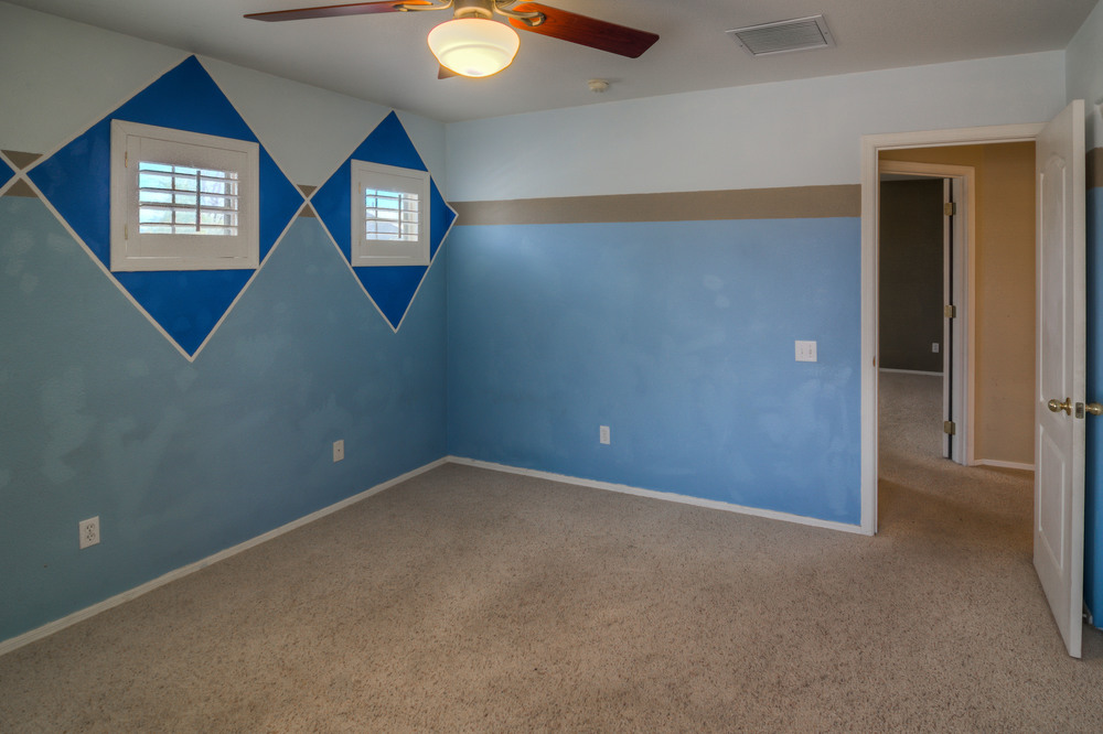 36 Bedroom 2 photo c.jpg