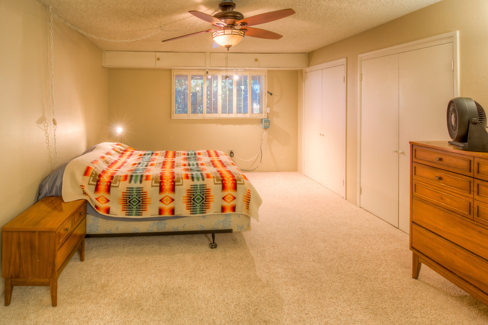 27 Master Bedroom photo c.jpg