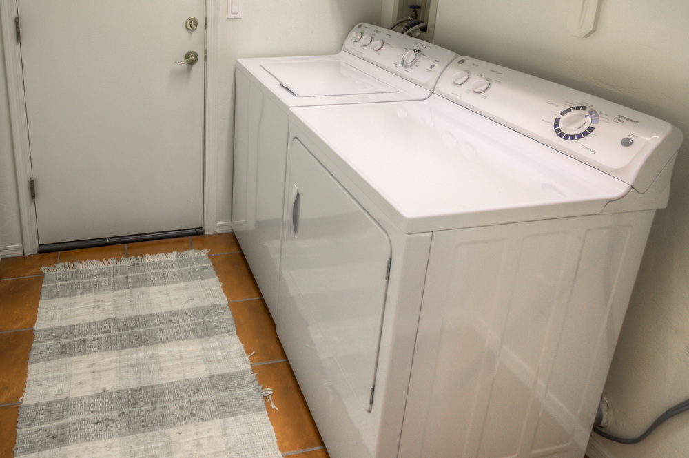 29 laundry room.jpg