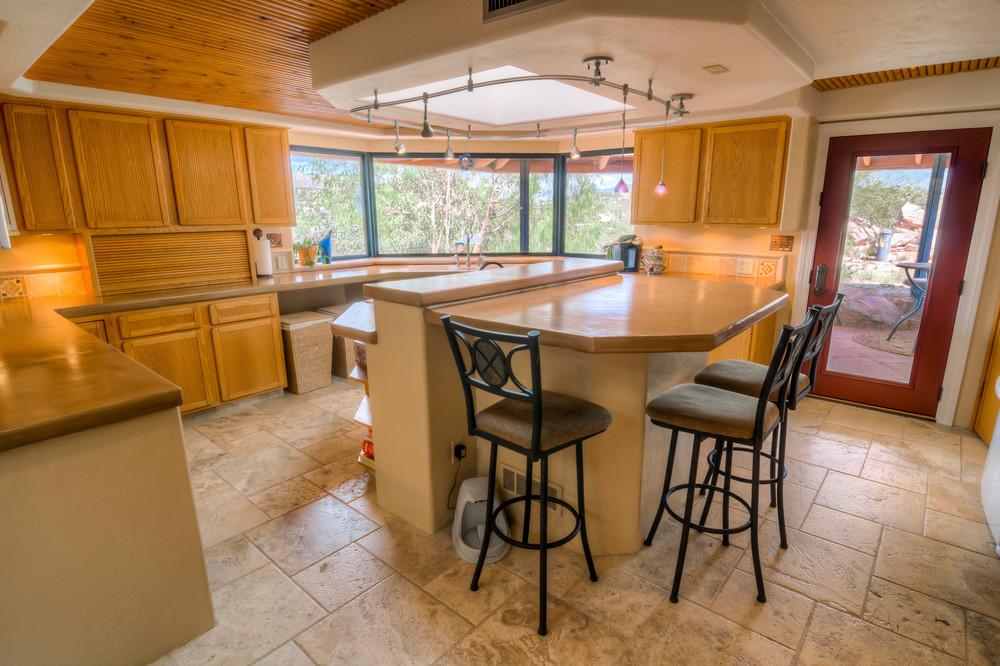 11 Kitchen Photo b.jpg