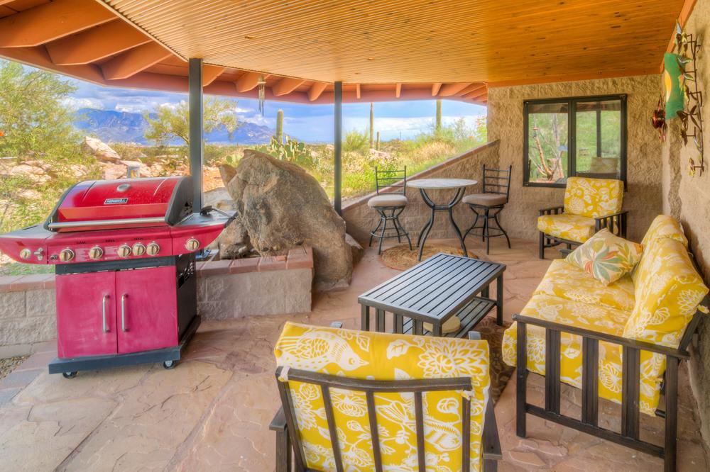 14 Kitchen Patio Photo a.jpg