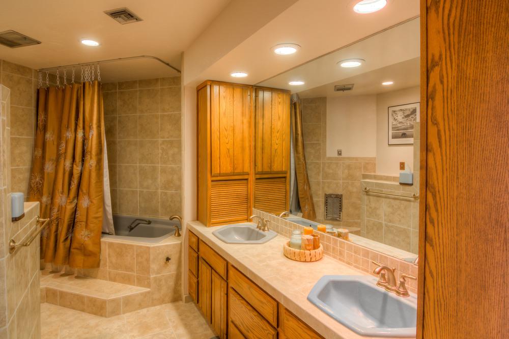 22 Mater Bath Photo a.jpg