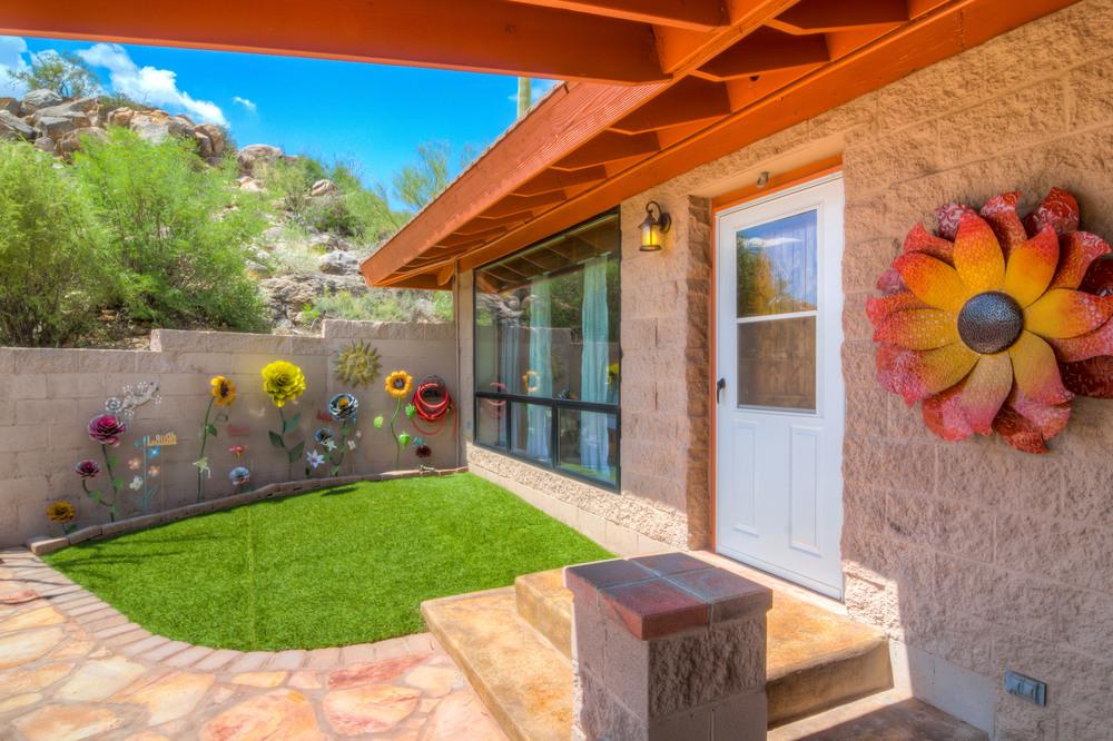 35 Backyard Photo a.jpg