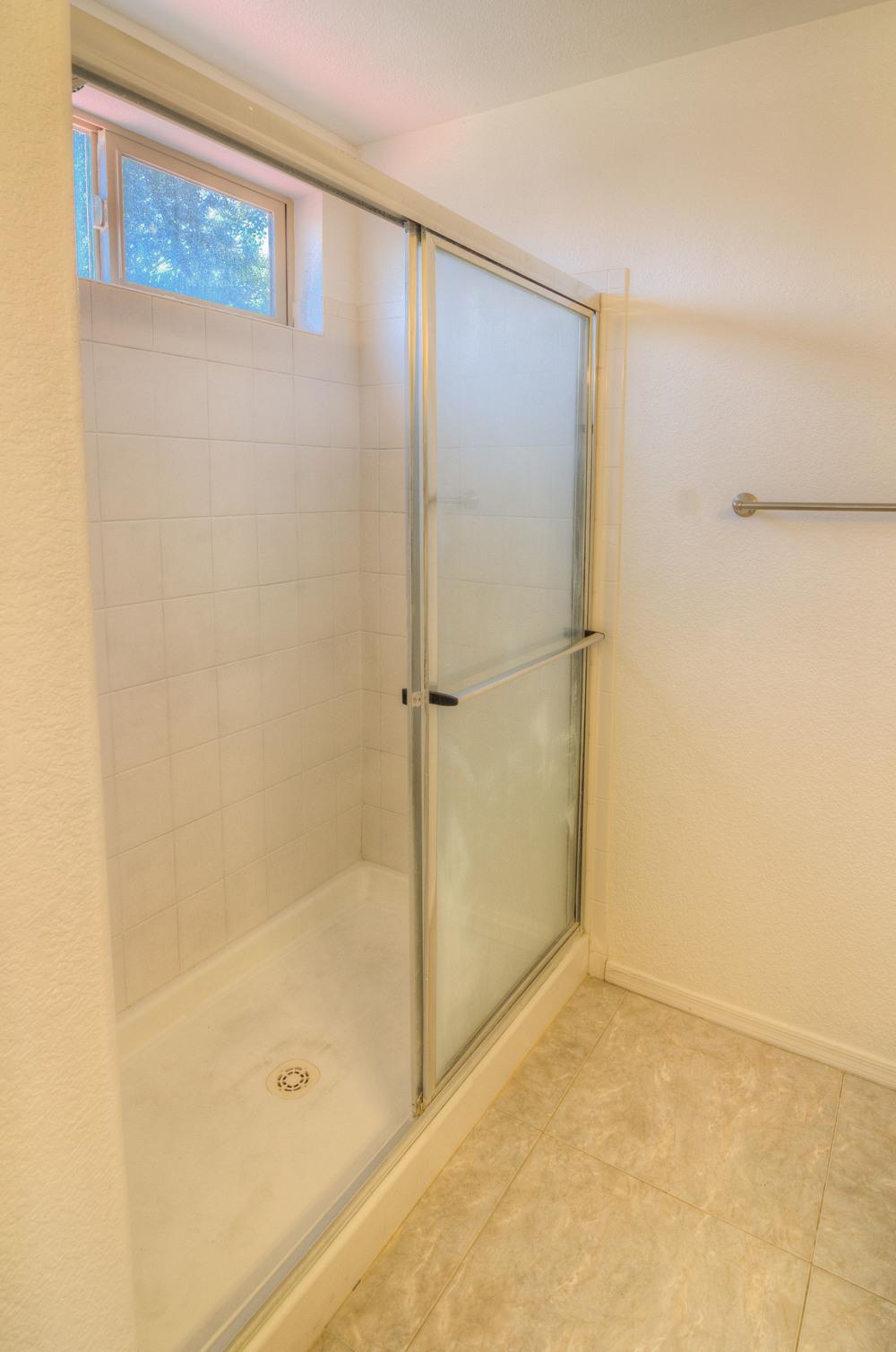 17 Master Shower.jpg