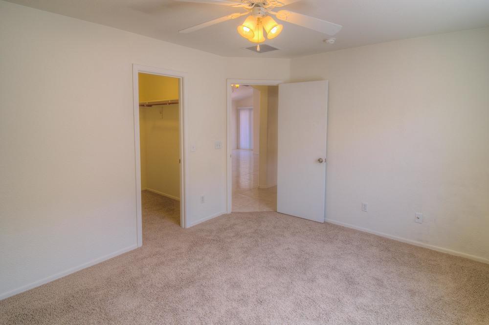 31 Bedroom 1c.jpg