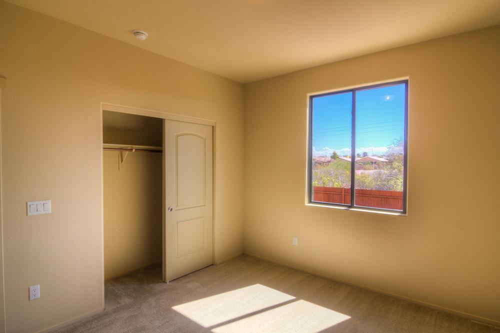 40 Bedroom 1b.jpg